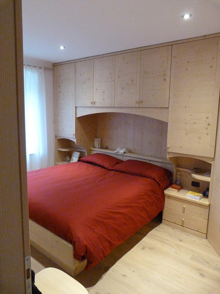 Realizzazione mobili su misura per camere da letto for Arredamento