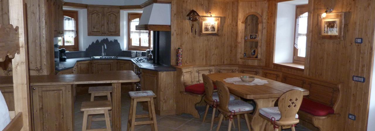 Arredamenti gubert progettazione mobili su misura in legno for Piani di progettazione di mobili in legno
